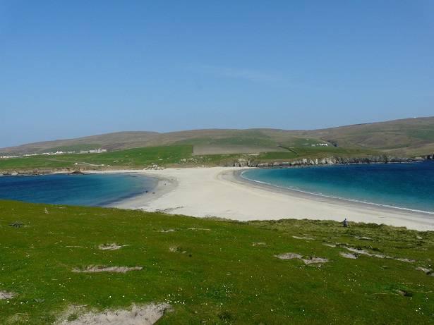 Het verbindingsstrand tussen Mainland en Sint Ninian's Isle